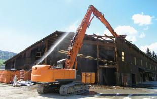 Demolizione in sicurezza di edifici contenenti amianto